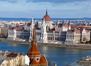 Magnificent-skyline-of-Budapest-and-Danube-River-in-Hungary
